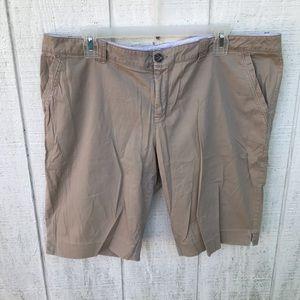 Old navy low rise Bermuda shorts
